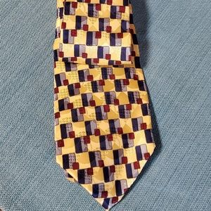 Van Heusen Accessories - Van heusen tie yellow blue 100% silk